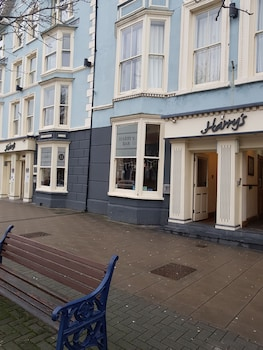 Picture of Harry's Hotel in Aberystwyth