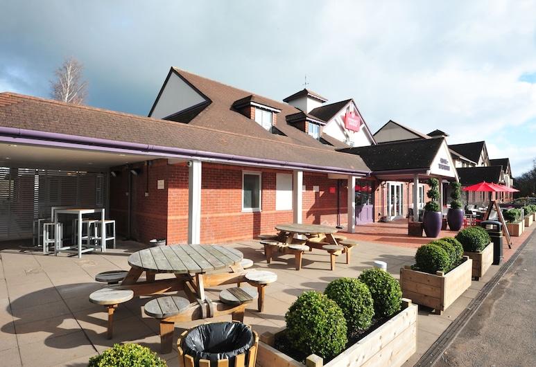 Weathervane Hotel by Greene King Inns, Stoke-on-Trent, Tuin