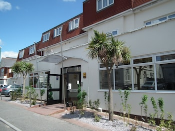 Picture of Riviera Hotel & Holiday Apartments Alum Chine in Bournemouth