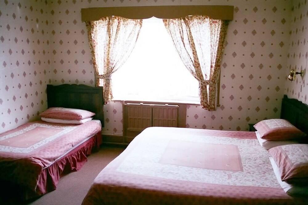 Suite, Ensuite (2A + 1C) - Guest Room