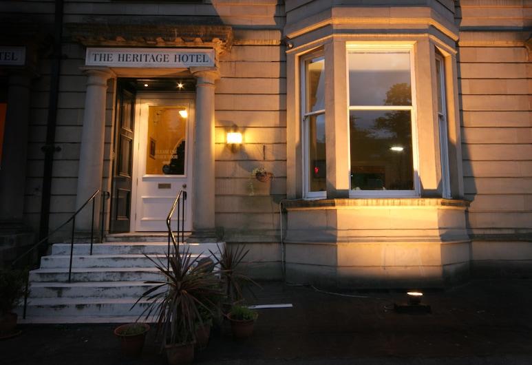 The Heritage Hotel, Glasgow, Viešbučio fasadas vakare / naktį