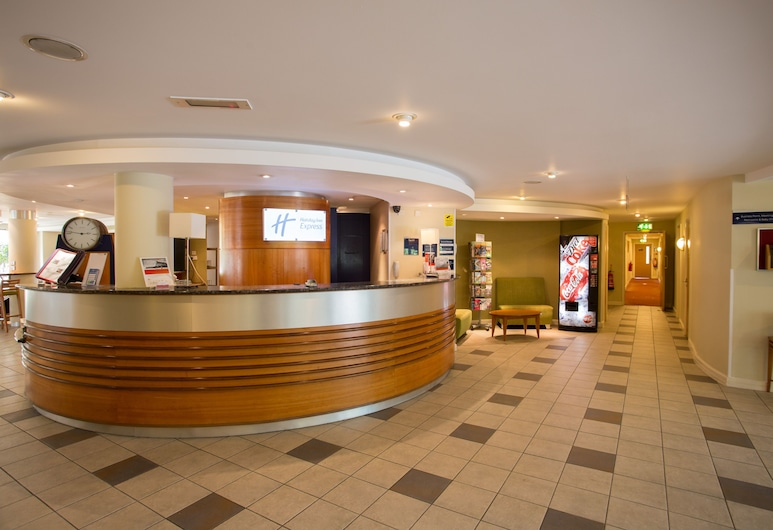Holiday Inn Express Liverpool-Knowsley M57, Jct.4, Liverpool, Lobby