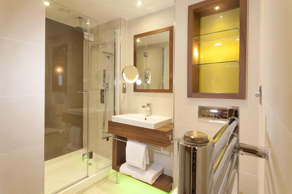 Δωμάτιο, 1 King Κρεβάτι, Πρόσβαση για Άτομα με Αναπηρία, Μη Καπνιστών (Roll-In Shower) - Μπάνιο