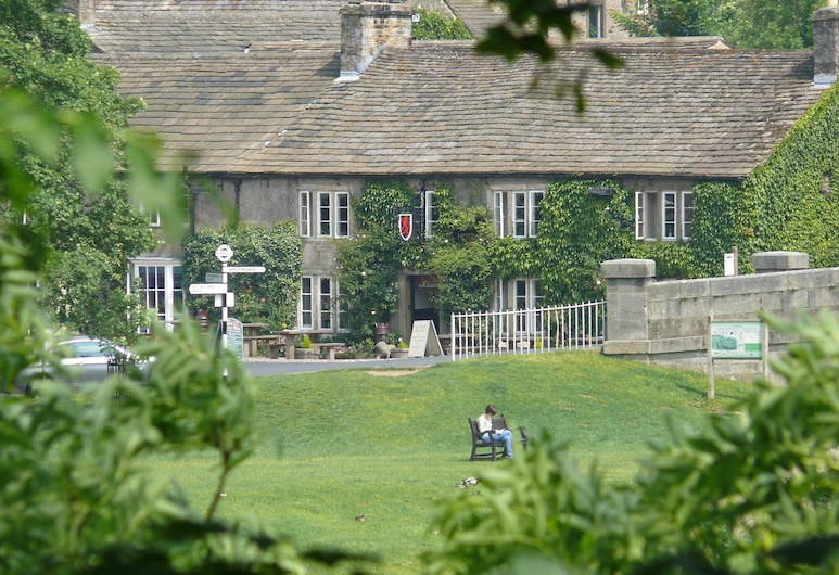 Red Lion Hotel and Manor House, Skipton