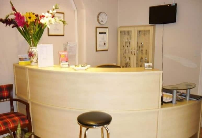 Acton Town Hotel, London, Reception