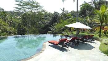 烏布賽瑪拉假日溫泉別墅飯店的相片