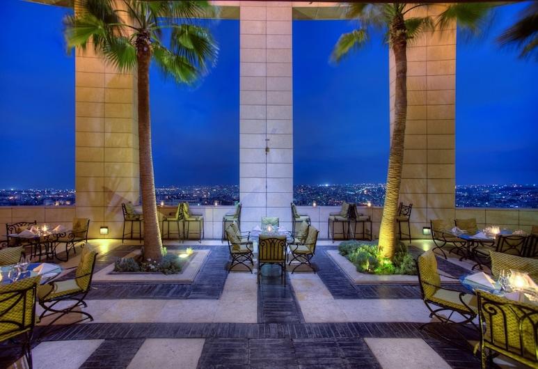 Le Royal Hotels & Resorts - Amman, Amman, Terrasse/Patio