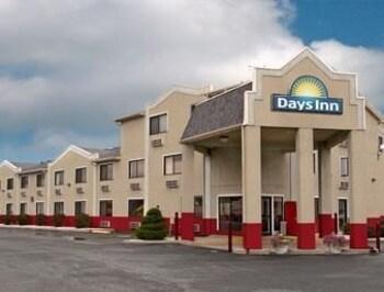 Picture of Days Inn Effingham in Effingham