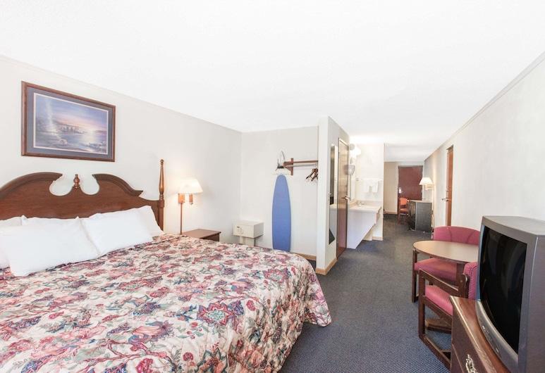 Days Inn by Wyndham Effingham, Effingham, Suite, 1 habitación, para no fumadores (1 King Bed and 1 Queen Bed), Habitación