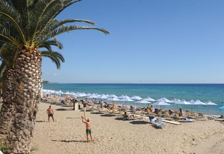 Secret Paradise Hotel & Spa, Nea Propontida, Bãi biển