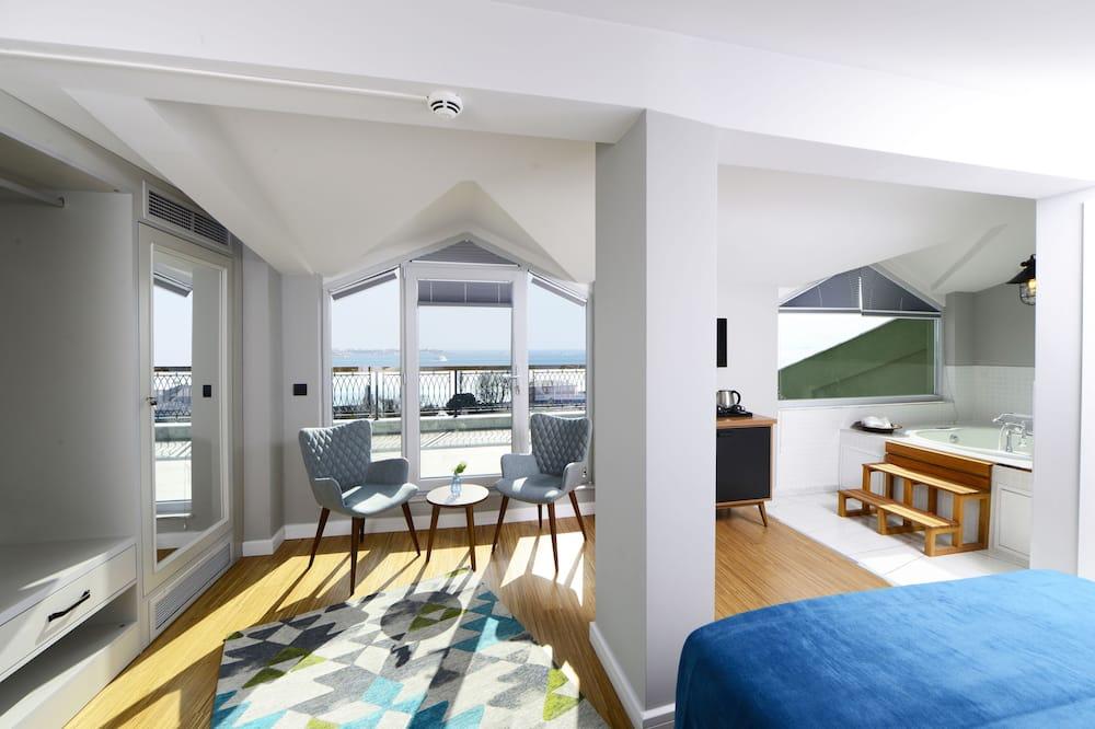 Penthouse with Balcony and Jettub - Oturma Alanı
