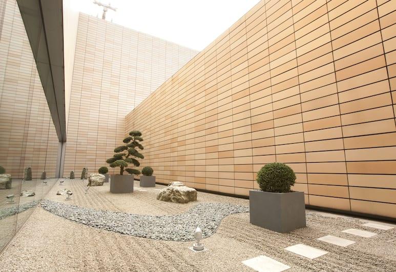 The Royal Park Hotel Tokyo Shiodome, Tokio, Infrastruktura wewnętrzna hotelu