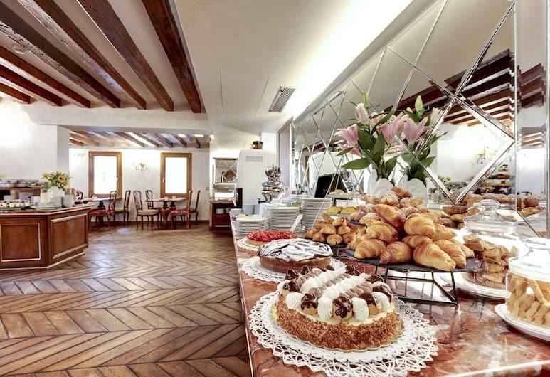 هوتل كازانوفا فينيسيا, البندقية, منطقة تناول وجبات الإفطار