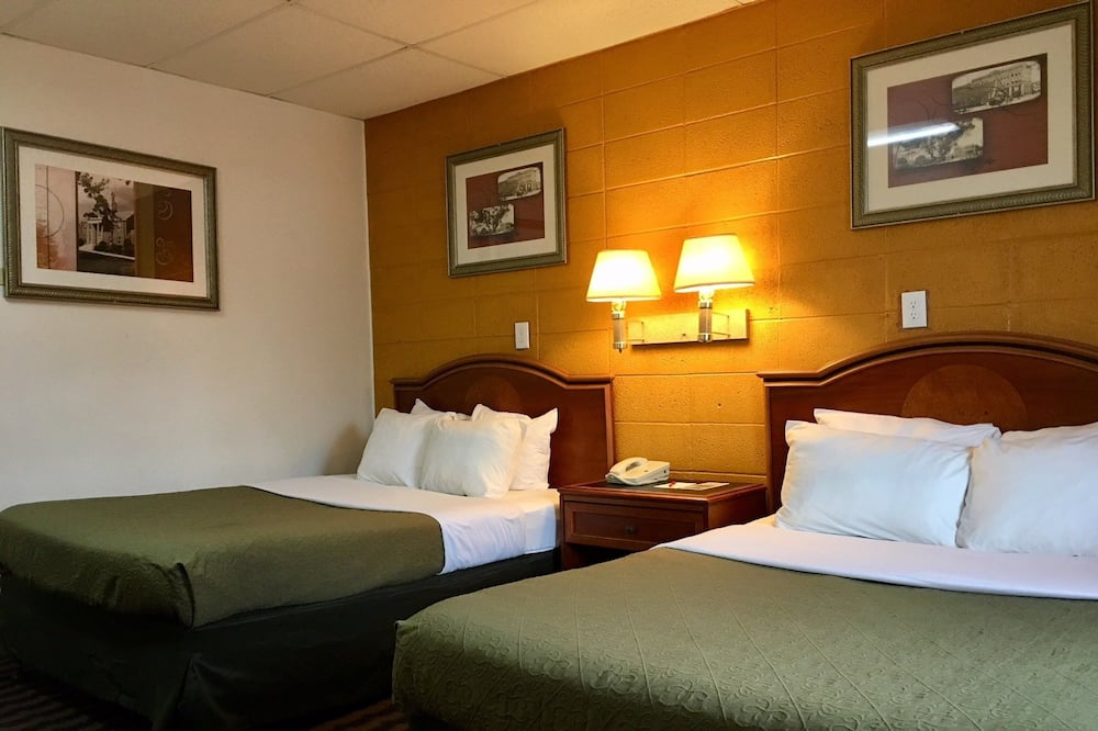 Habitación estándar, 2 camas dobles, para no fumadores - Habitación