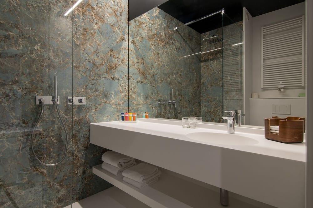 コンフォート ツインルーム バルコニー - バスルーム