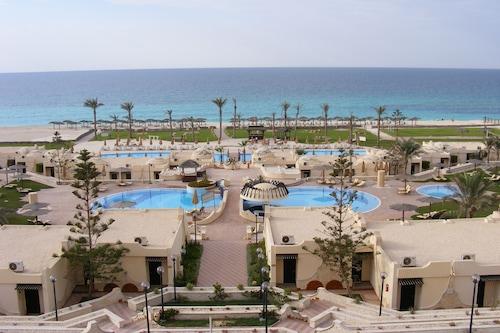 伯格阿拉伯海灘飯店/