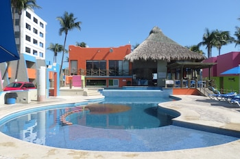 Picture of Hotel Suites Mediterraneo in Boca del Rio