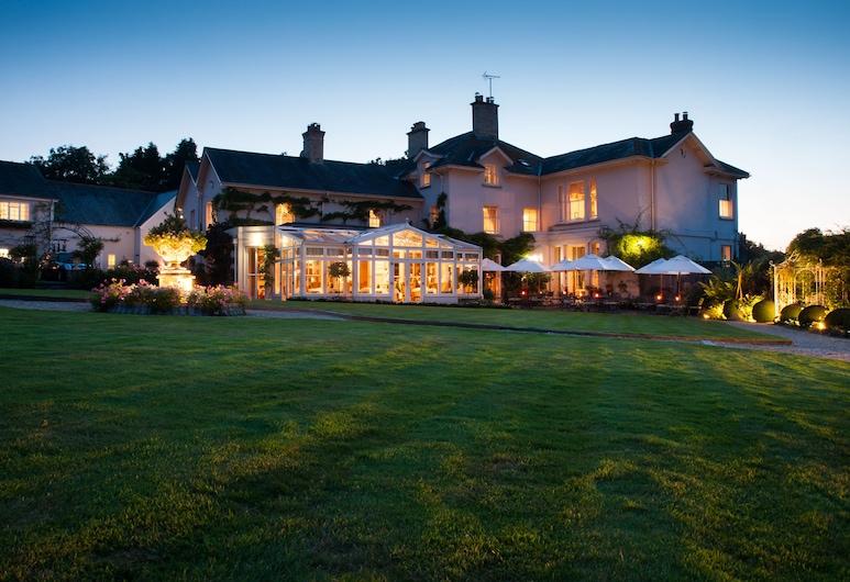 Summer Lodge Country House Hotel, Dorchester, Pohľad na hotel – večer/v noci