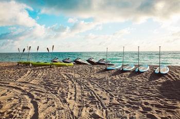 Picture of Aqua Hotel & Suites in Miami Beach