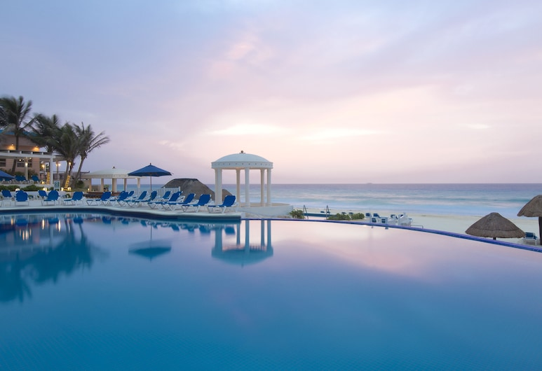 Golden Parnassus Resort & Spa -Adults Only- All Inclusive, Cancún, Infinity-Pool