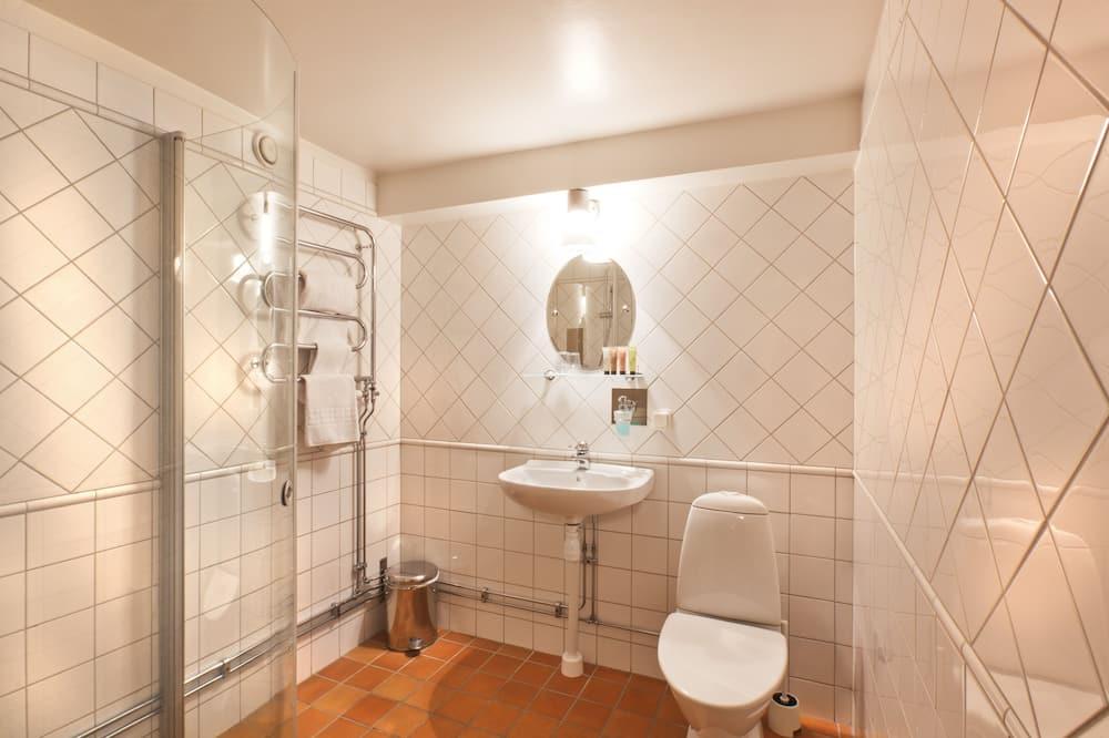 Quarto Duplo Standard, 1 cama queen-size - Casa de banho