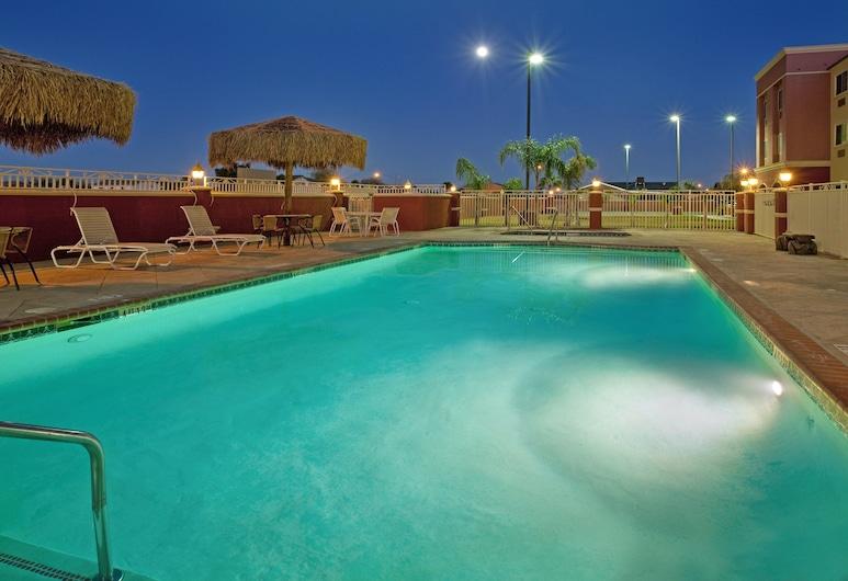 Holiday Inn Express Hotel & Suites El Centro, El Sentras, Baseinas