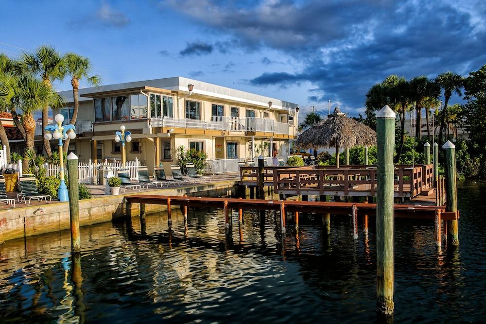 Bayview Plaza Waterfront Resort St Pete Beach