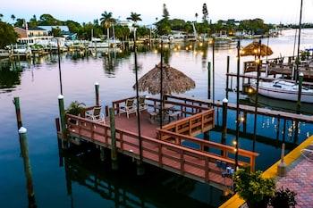 Mynd af Bayview Plaza Waterfront Resort í St. Pete Beach