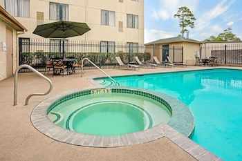 A(z) La Quinta Inn & Suites by Wyndham Houston North-Spring hotel fényképe itt: Spring