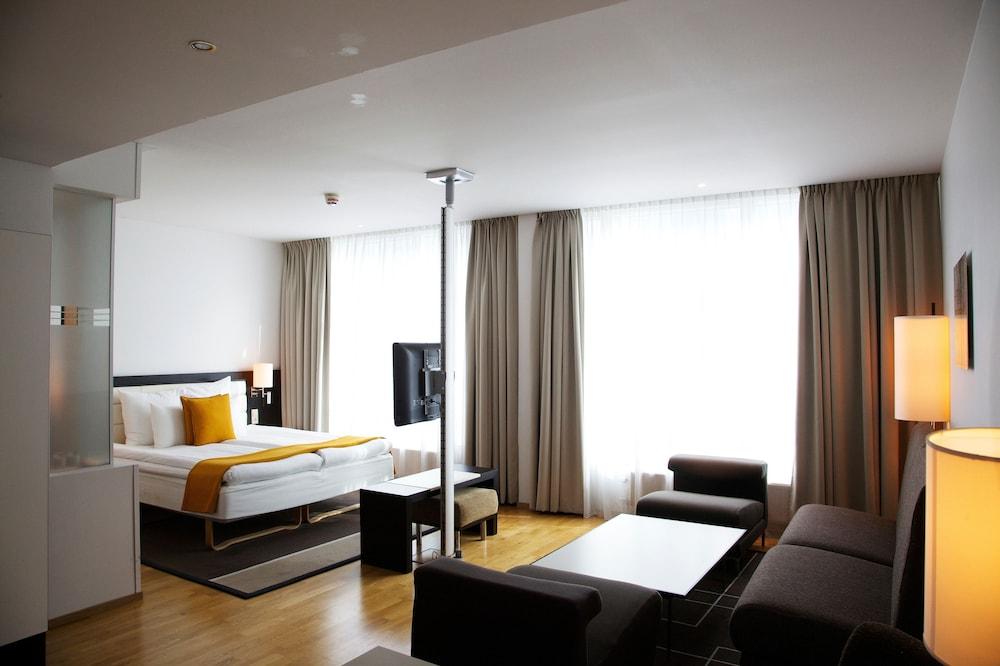 Clarion Hotel Stockholm, Stockholm, Deluxe-rom, 1 dobbeltseng, ikke-røyk (180 cm), Gjesterom