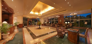 Choose This Five Star Hotel In Bengaluru