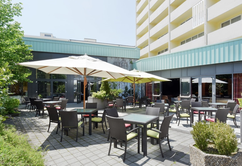 Hotel Vitalis by AMEDIA, München, Terrass