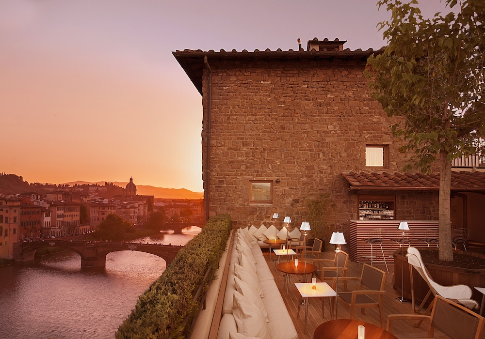 Continentale, Florence