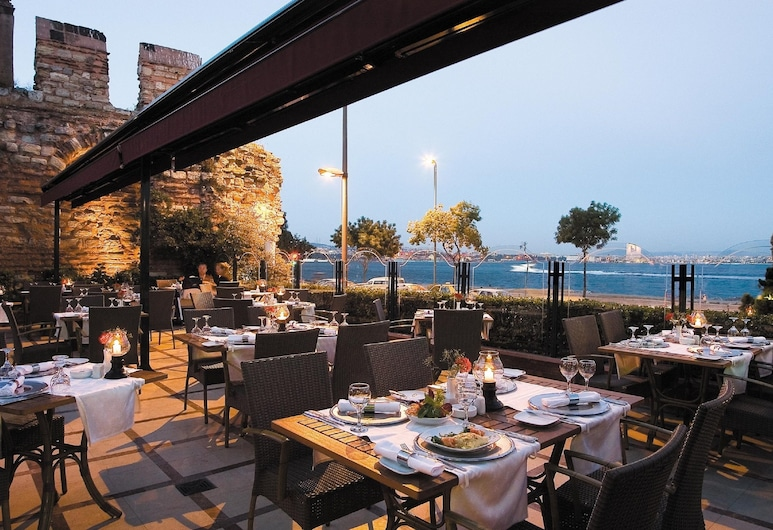 Citadel Hotel, Istanbul, Outdoor Dining
