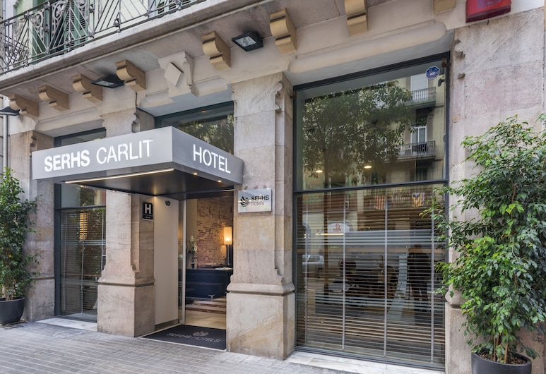 Hotel SERHS Carlit, Barcelona, Lối vào khách sạn