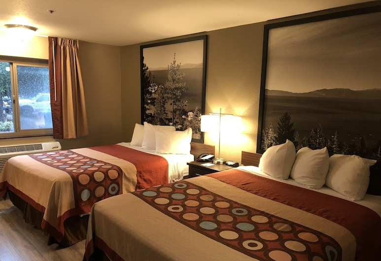 Super 8 by Wyndham Redding, Redding, Room, 2 Queen Beds, Non Smoking, Guest Room