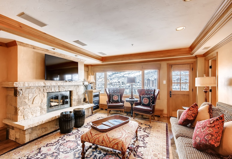 Lodge Tower, Vail, Condo, 2 Bedrooms (Platinum), Living Room