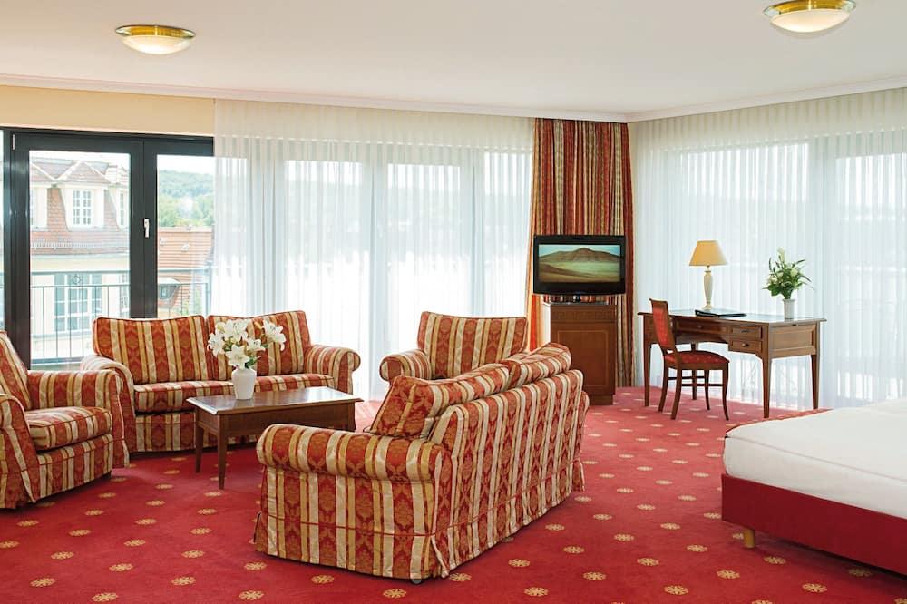 Junior Suite, 1 Double Bed (Junior-Suite mit Dachterasse) - Living Area