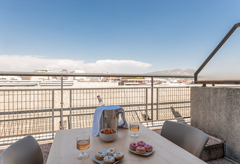 Residhotel Grand Prado, Marseille, Apartment, Terrace, View from room