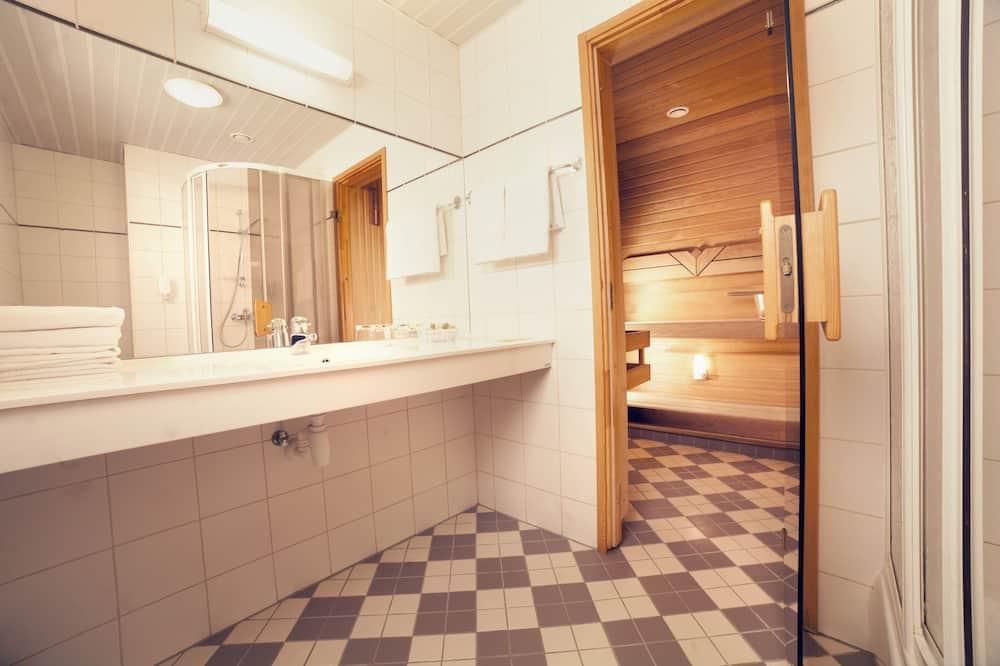 סוויטת ג'וניור - חדר רחצה