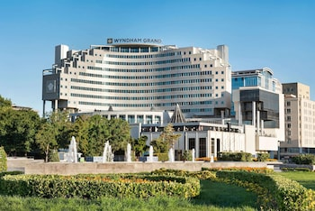 Enter your dates to get the Kayseri hotel deal