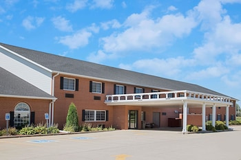 Picture of Super 8 by Wyndham New Hampton in New Hampton