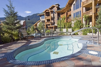 Picture of First Tracks Lodge in Whistler