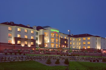 Picture of Courtyard by Marriott Madison East in Madison