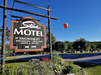 Picture of Stowe Motel & Snowdrift in Stowe