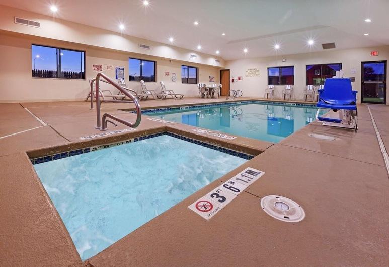 Country Inn & Suites by Radisson, Lubbock, TX, Lubbock, Pool