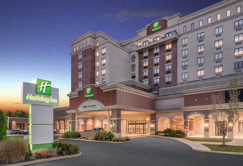Holiday Inn Lafayette-City Centre, לפאייט