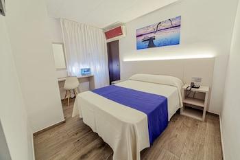 Picture of Hotel La Perla in Almeria