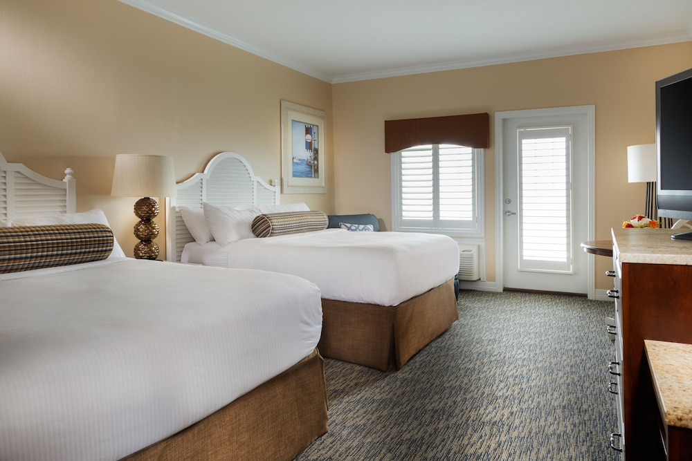 book kemah boardwalk inn kemah from 149 night. Black Bedroom Furniture Sets. Home Design Ideas