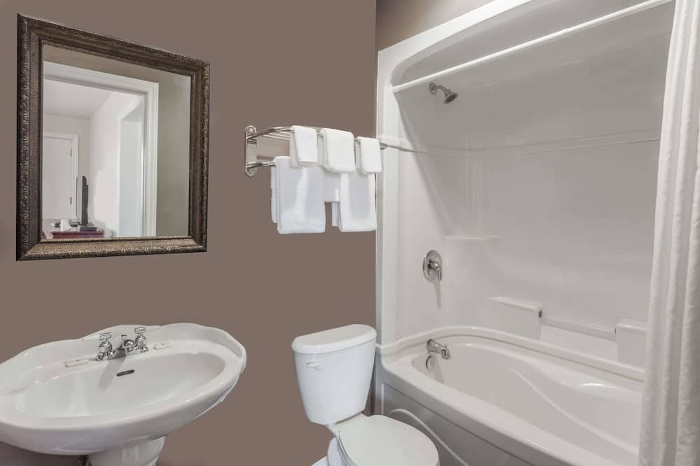 Süit, 1 Büyük (Queen) Boy Yatak, Sıcak Su Havuzu - Banyo